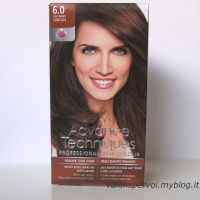 Avon Advance Techniques: colorante permanente 6.0 castano chiaro/ permanent hair colour 6.0 light brown